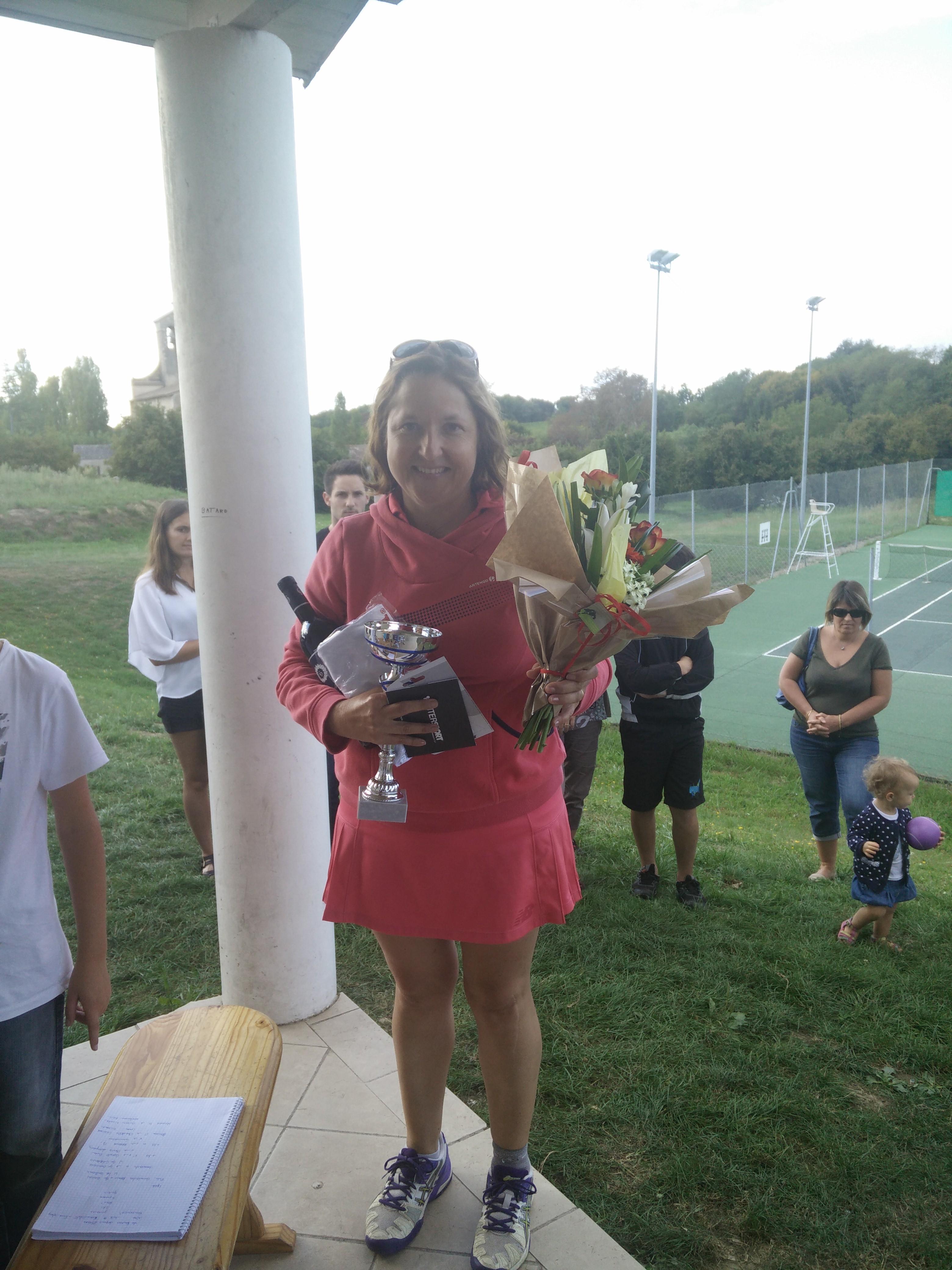 Claire Lomprez, vainqueur du tableau +35 dames